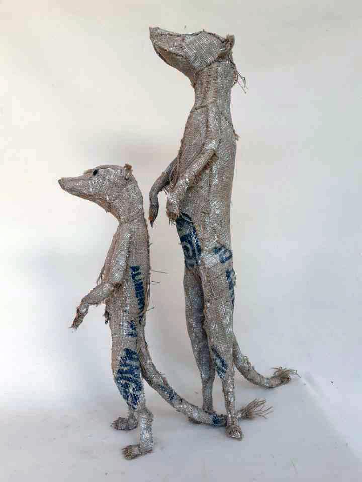 """Petit suricate "" - Prix de vente 700 euros , ""Grand suricate "" - Prix de vente 1200 euros"